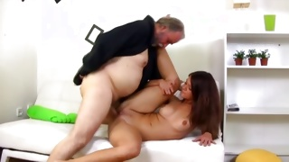 Nice tittied kinky whore is attacked with the juicy prick