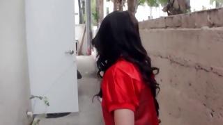 Hotie brunette walking around showing her booty