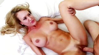 Blondie is sexy observed by dirty man