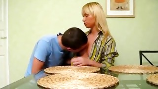 Blonde unchaste queen lying on the table and getting her muff sucked