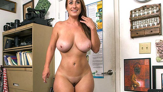 Busty Big Butt Freak Gets Broken In!